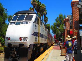 南カリフォルニア「サン・ファン・カピストラーノ」に巨大列車アムトラックで出かけよう!