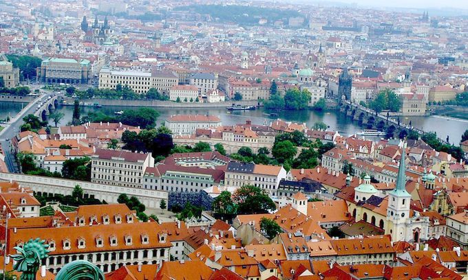 「プラハ城」のてっぺんから眺める最高のプラハ!