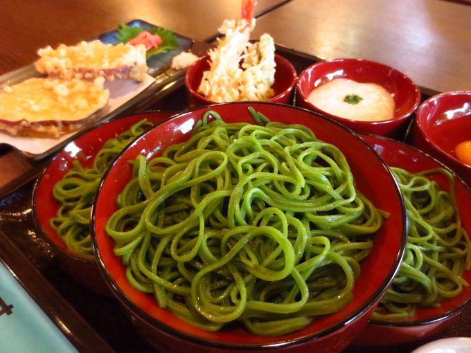 細〜い蕎麦に意味がある、河越抹茶そば「寿庵」
