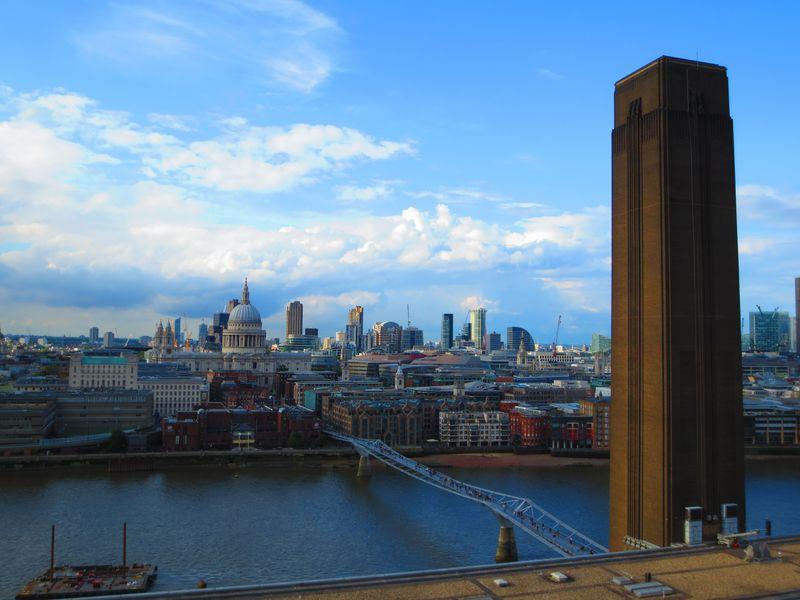 ロンドン最新スポット!「テート・モダン/スイッチ・ハウス」で最高の眺望とアートな1日を