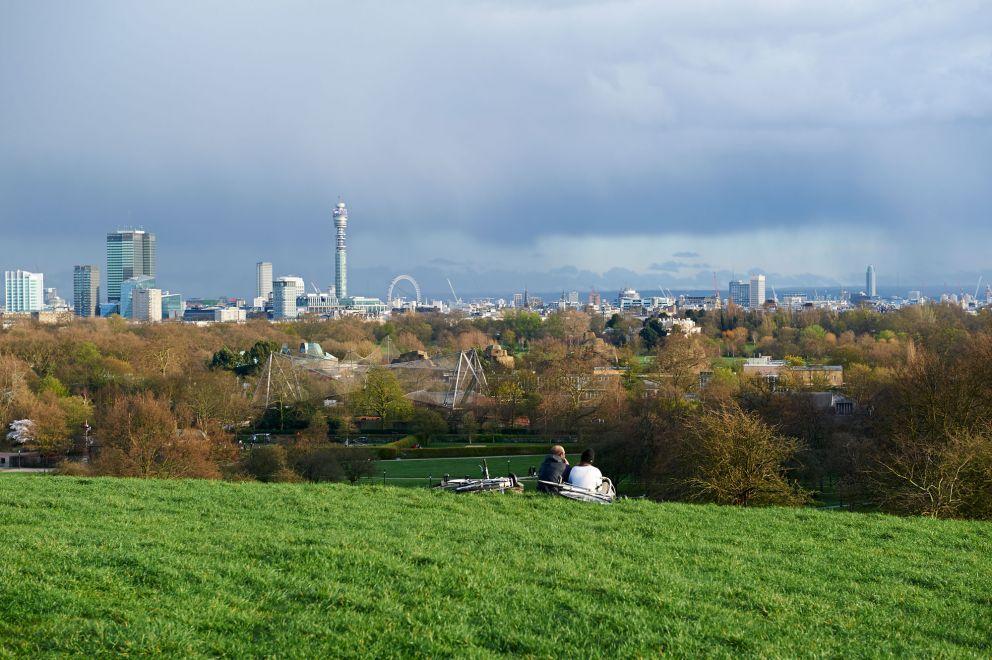 バラ園とロンドンの眺望を楽しめる「リージェンツ・パーク」&「プリムローズ・ヒル」