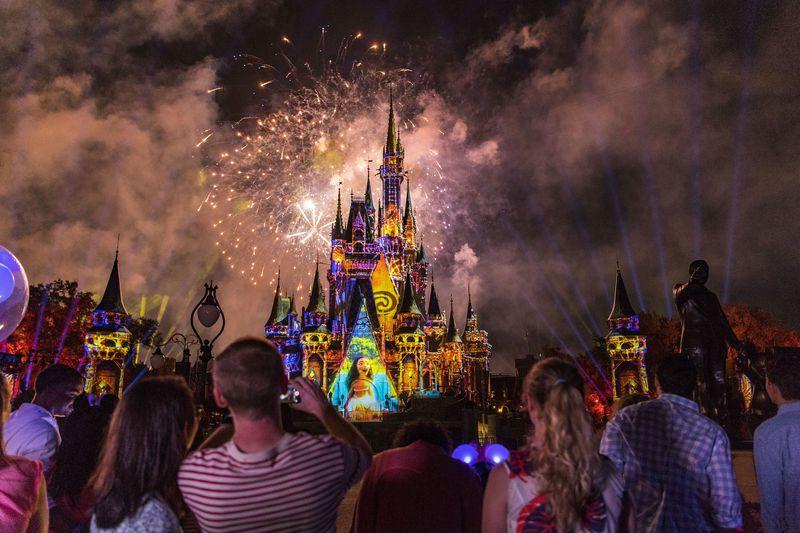 昼も夜も見逃せない!フロリダのウォルト・ディズニー・ワールド、圧巻の最新キャッスルショー