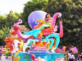 世界初の魔法の国、カリフォルニアのディズニー必見15スポット!