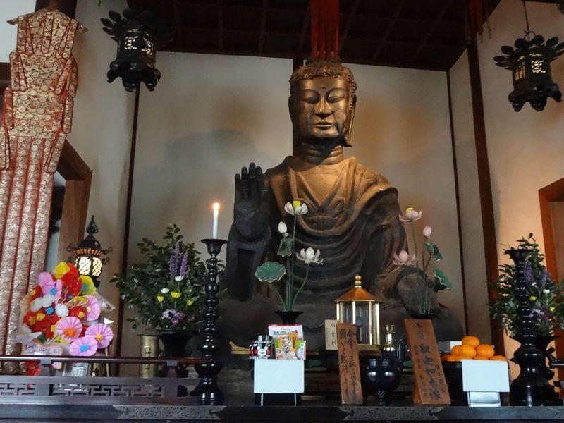 日本最古の仏像「飛鳥大仏」は必見!奈良明日香村「飛鳥寺」