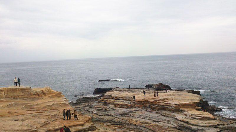 目の前一面に広がる不思議な岩畳の風景『千畳敷』