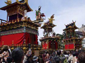 動く陽明門 豪華絢爛な祭り屋台−日本三大美祭・高山祭り−春の高山祭りを満喫