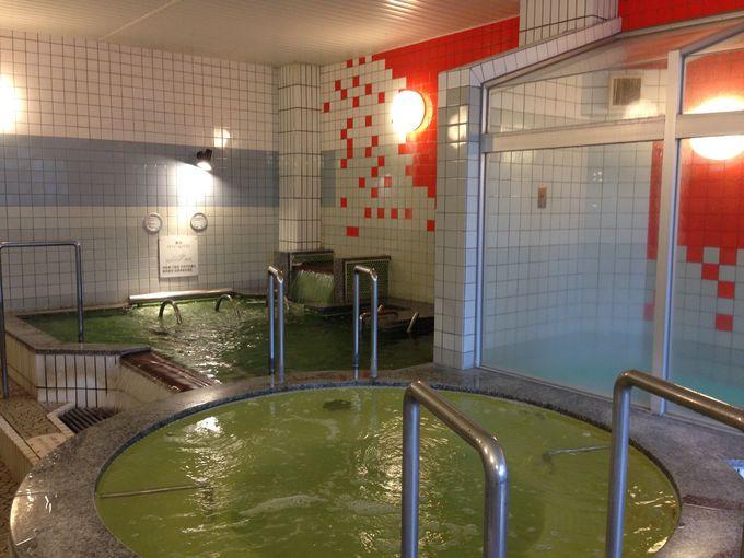 運動不足を解消する回遊大浴場