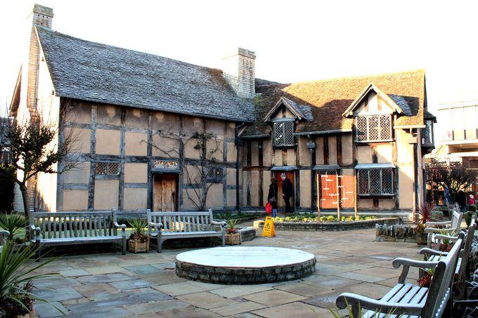 その3 シェイクスピアの生誕地『ストラトフォード・アポン・エイヴォン』