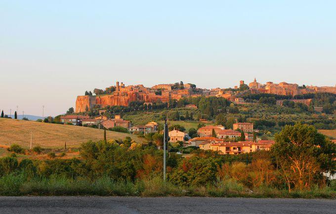 イタリアの美しい丘上都市「オルヴィエート」