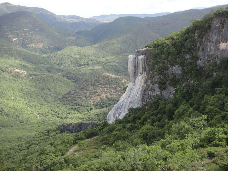 """メキシコにある""""石の滝""""「イエルベ・エル・アグア」で感じる大自然の神秘"""