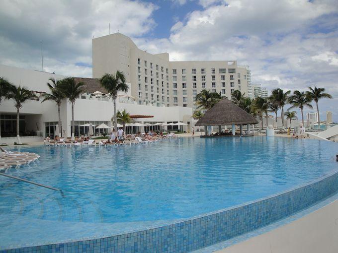 高級ラグジュアリーホテル「Le Blanc spa resort」