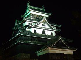 秋のイチオシ!大感動の「松江水燈路」で国宝・松江城の夜を満喫