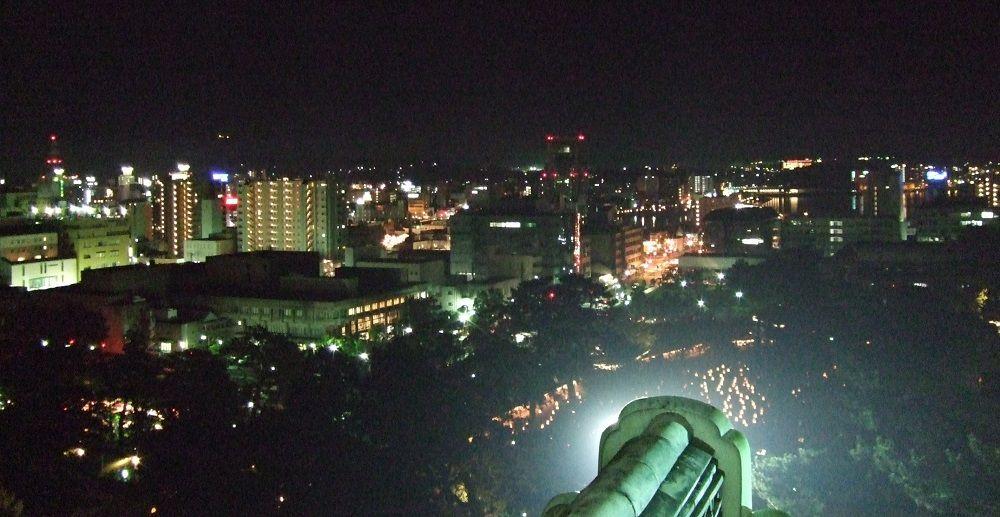 天守から城下町・松江の夜景を一望!