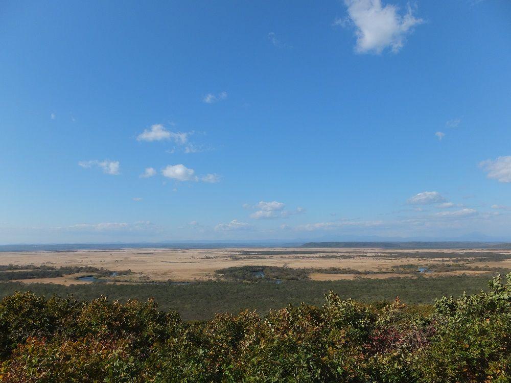 「大観望」細岡展望台から蛇行する釧路川と阿寒岳を望もう