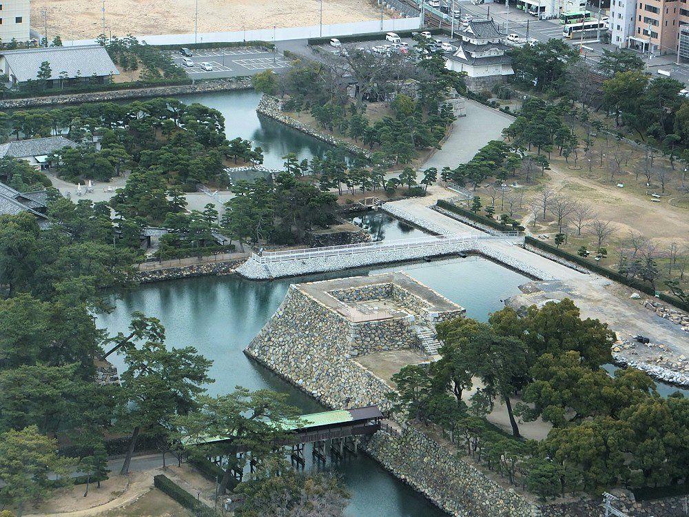 最強の海城!香川県「高松城」を海と空から眺めてみよう