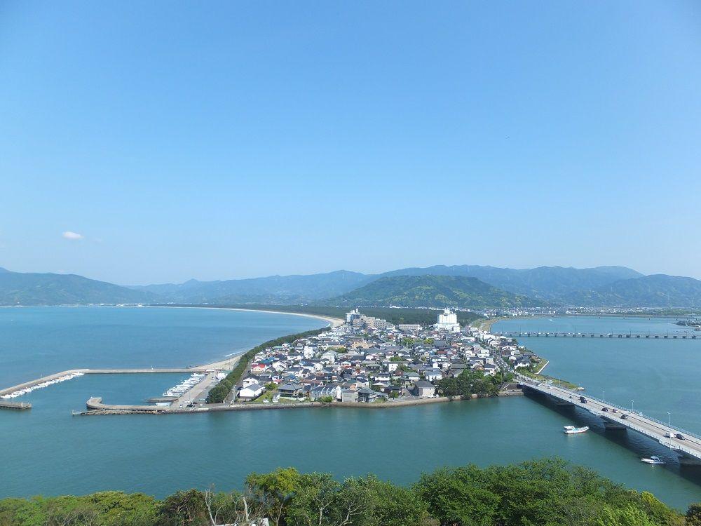佐賀の隠れた名城・唐津観光の定番「唐津城」