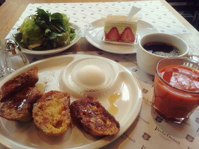 「ペシェグラン」のフレンチトーストモーニング