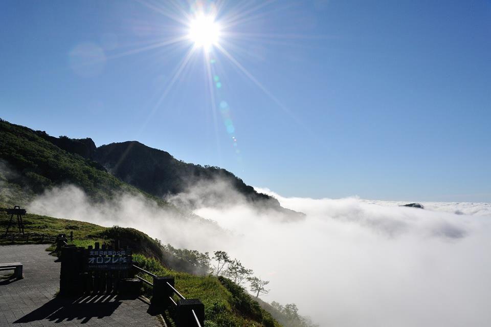 新名所!オロフレ峠の豪快な景色と雲海