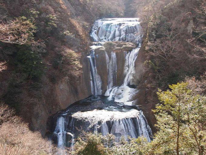 滝の全景が見える第二観瀑台!!