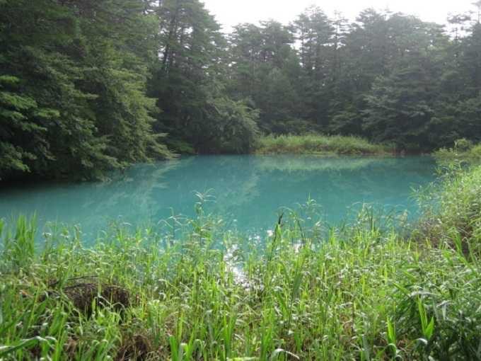 オススメ観光その2★神秘的な色の湖に心うっとり