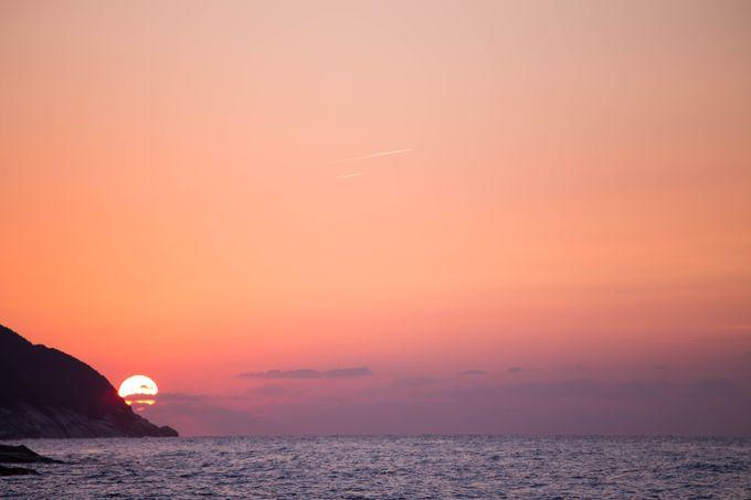 屋久島で夕日をみるならここ!「夕日の丘展望所」