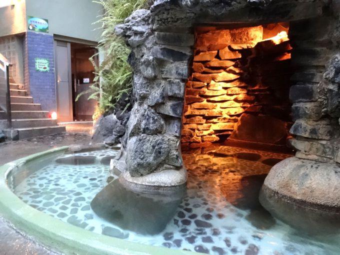 小洞窟風呂