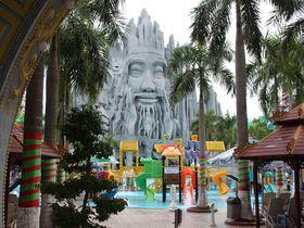最高にクレイジーなテーマパーク!ベトナムの「スイティエン公園」がとても奇抜で楽しい