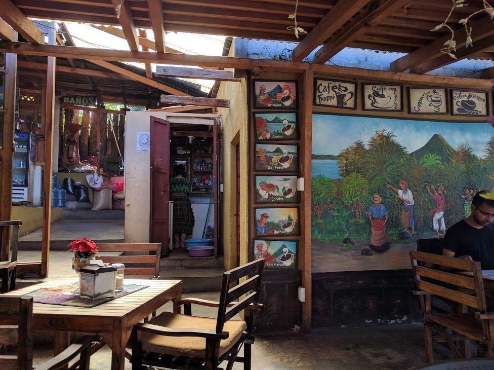 1.「Cafe Las Christalinas」