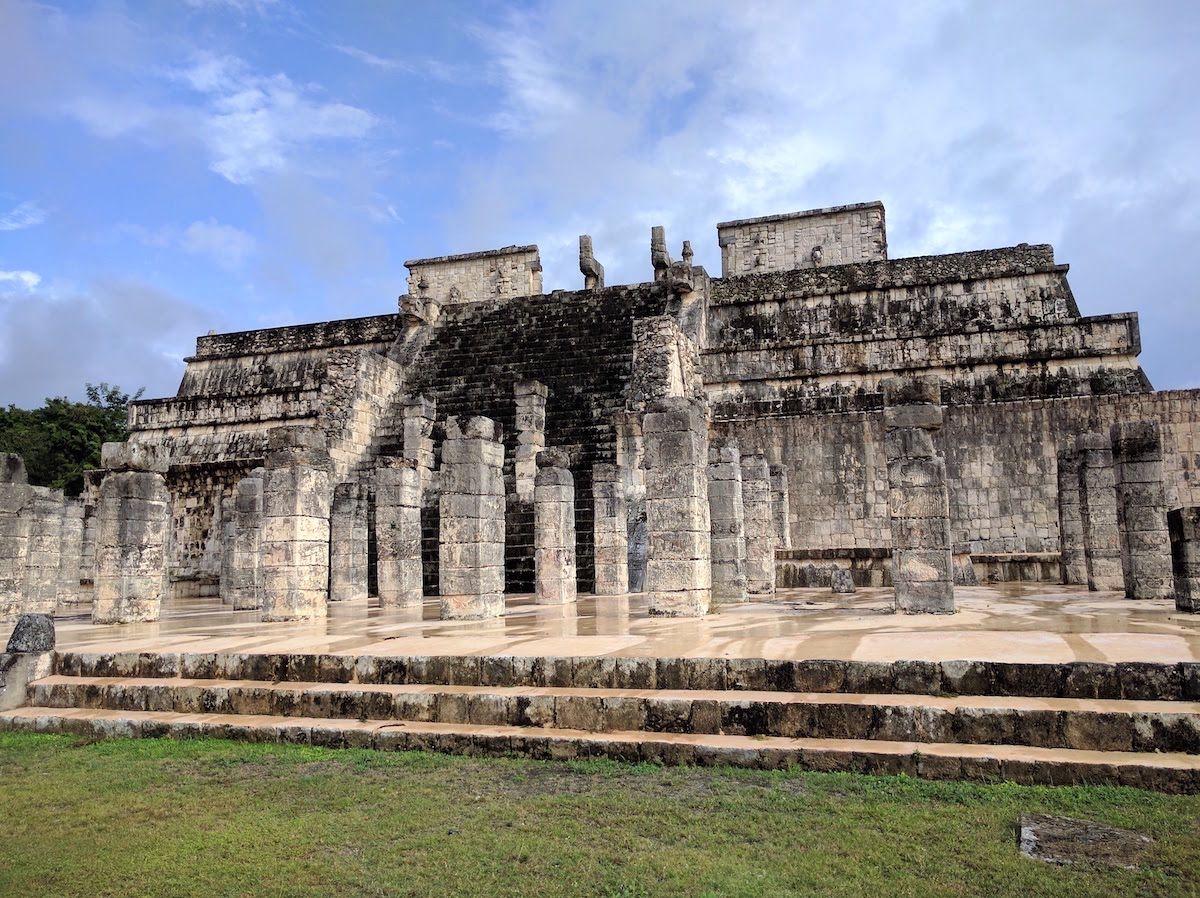 独特の雰囲気を放つ「戦士の神殿」と「千柱の間」