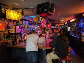 NYで100年続く老舗オイスターバー「169 Bar」