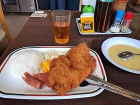 地元民もおすすめする沖縄の大衆食堂「軽食の店 ルビー」