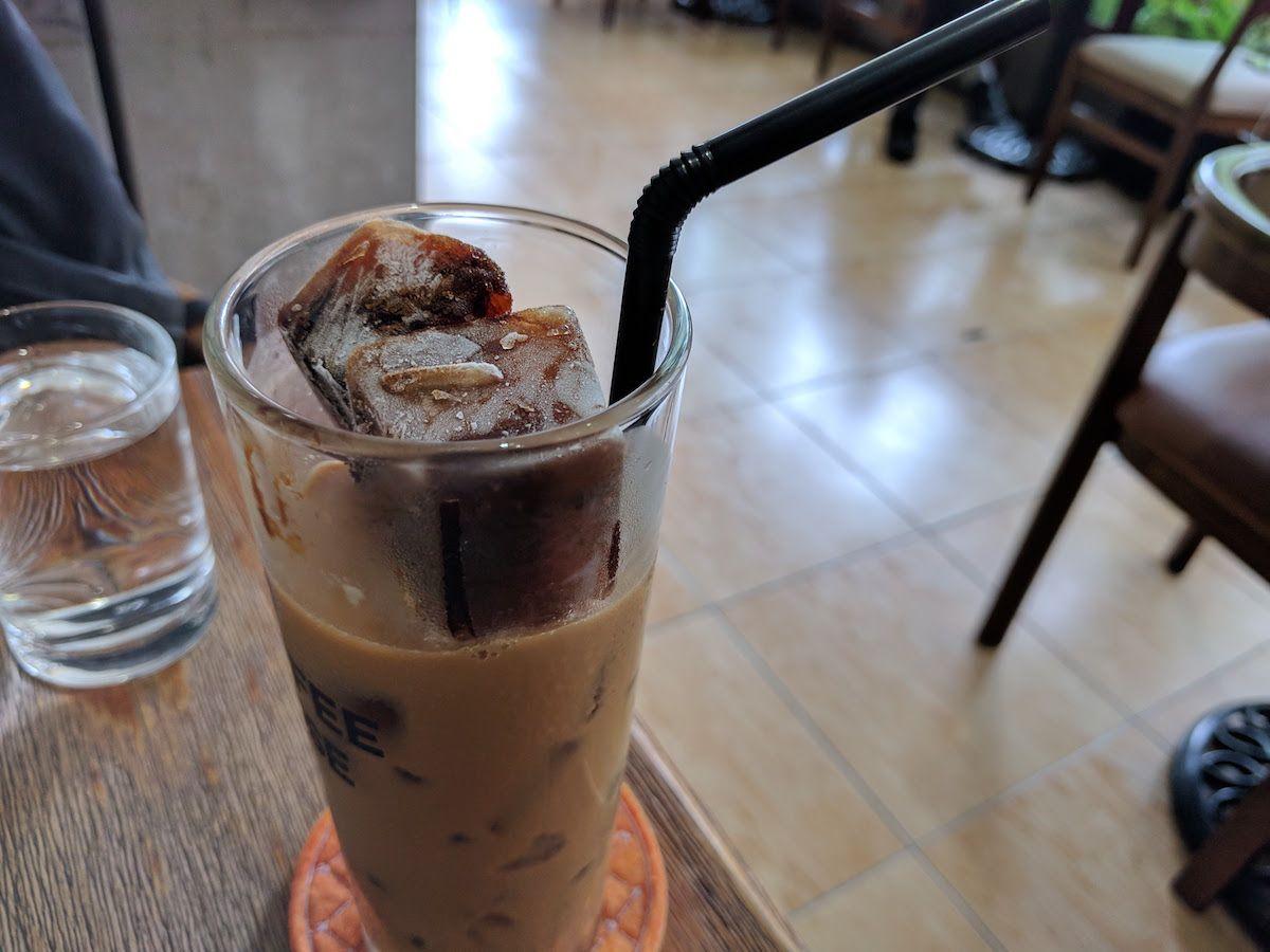 カフェ文化が華やぐ街・ホーチミン