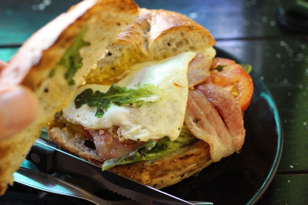 チェンマイNo.1の人気店!「ザ・ハイドアウト」のサンドイッチが絶品