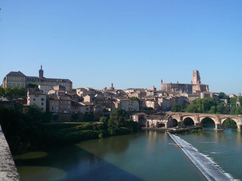 「バラ色の司教都市」フランスの世界遺産アルビを訪れてみよう!
