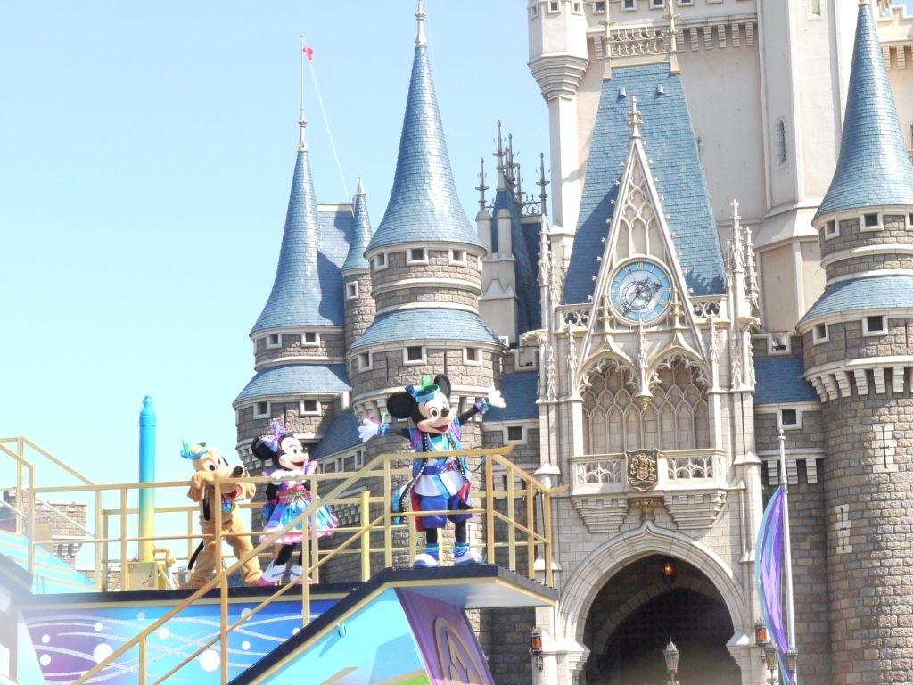 東京ディズニーランドの「ディズニー夏祭り」で日本の夏を満喫
