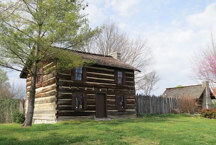 アメリカ西部開拓時代の砦「ジェームズ ホワイト フォート」