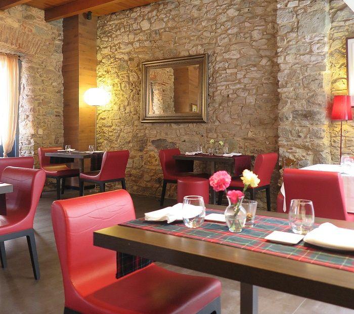 旧市街のお勧めレストラン「マドリガル」