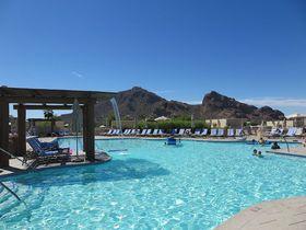 「JWマリオット・キャメルバック・イン」でアリゾナ州の砂漠のリゾートを満喫!