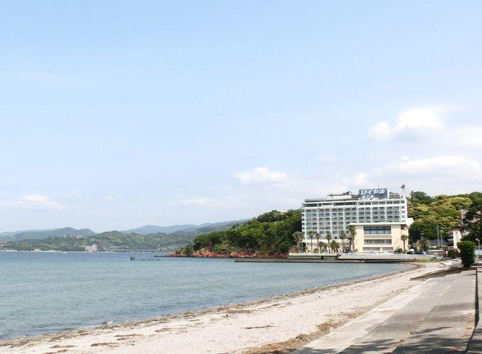 舘山寺サゴーロイヤルホテルの前には浜名湖と舘山寺サンビーチ