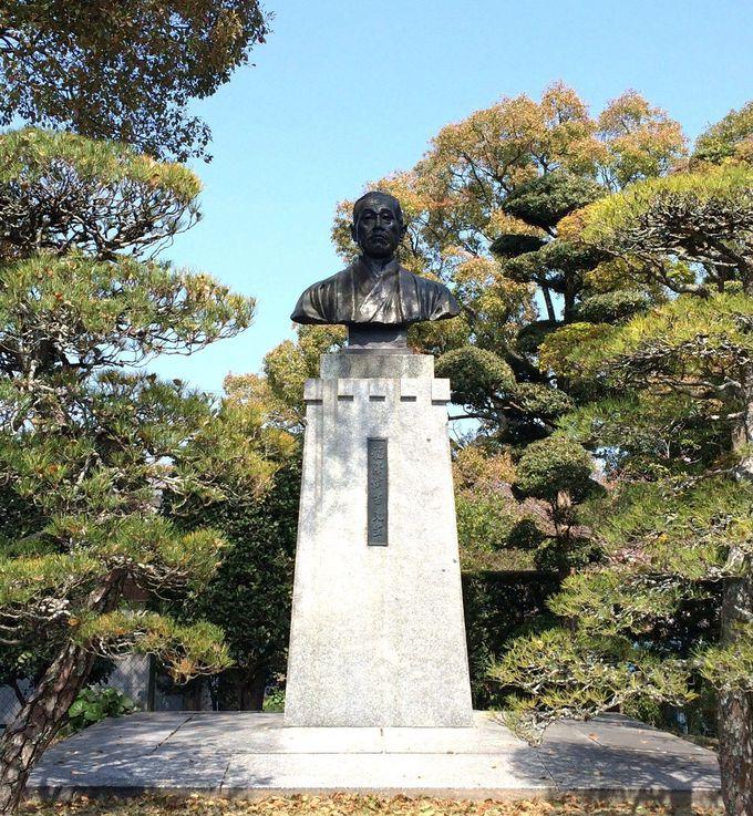 福澤諭吉の胸像と著作物