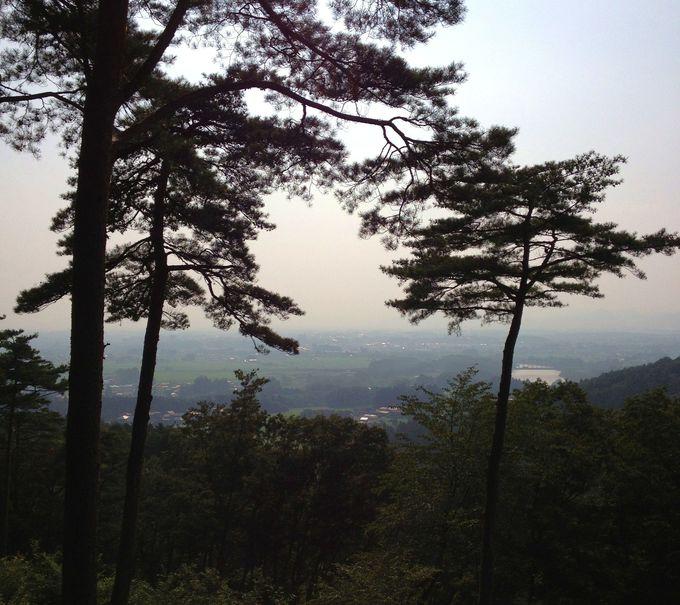 岩手県花巻市の眺望と花や緑に溢れる関連施設