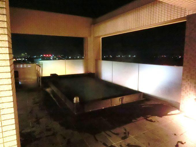 """「モンテインホテル」最上階の""""展望露天・大浴場"""""""