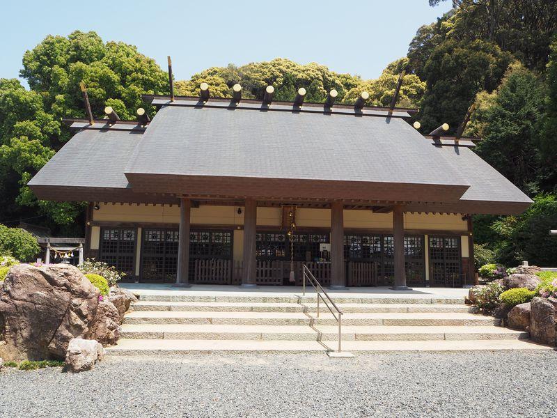 伊勢神宮の古材に万度石も!静岡・浜松「濱名惣社神明宮」