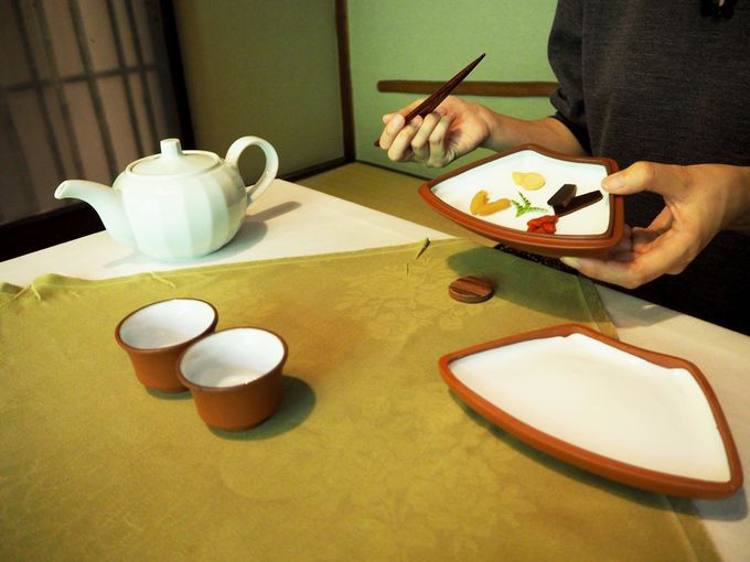 漢方薬膳懐石は、お茶からスタート