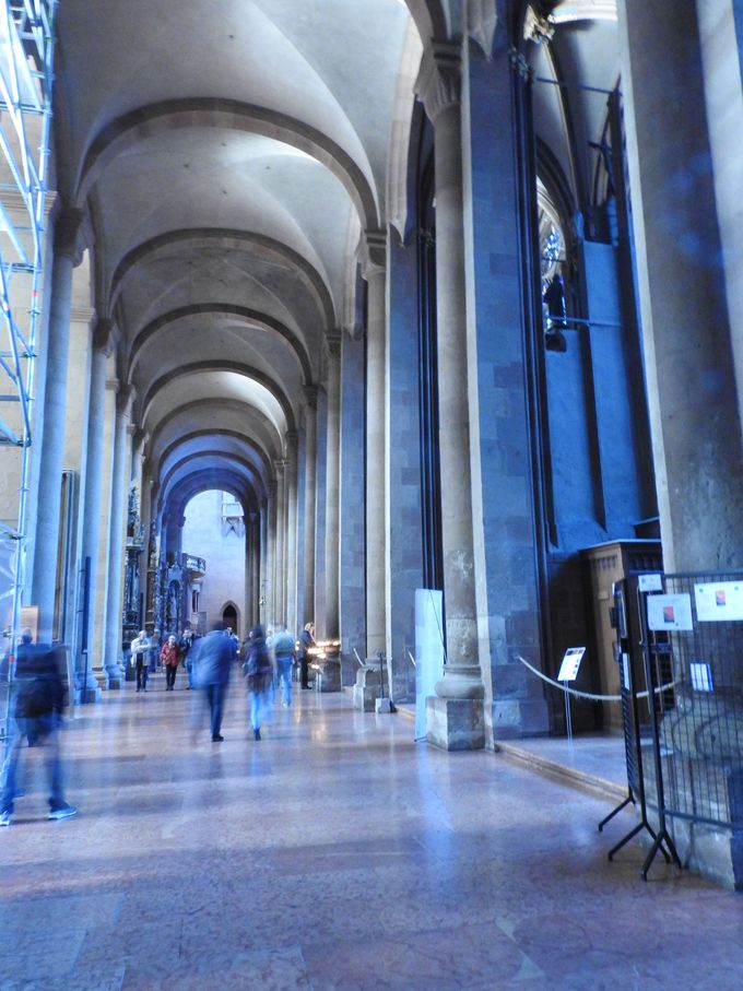 マインツ大聖堂の壮大さ