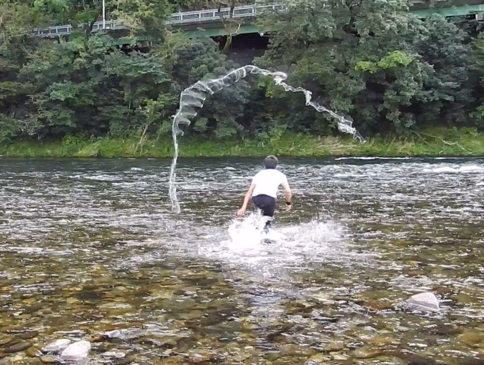 天然アユ漁(投げ網漁)、川漁師はアスリート!