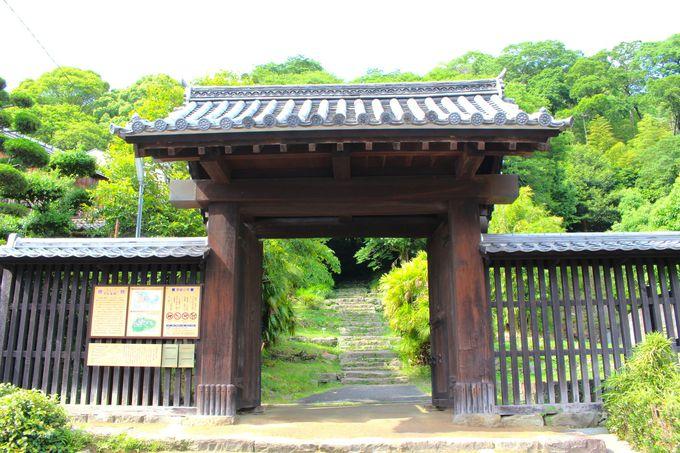 「上り立ち門」は最古であり最大の門!?