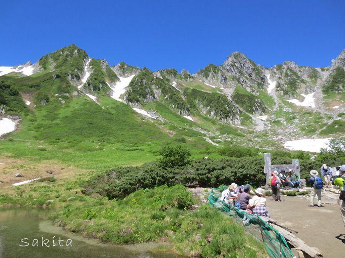 長野・駒ケ根市からバスとロープウェイで行く別天地「千畳敷カール」とは