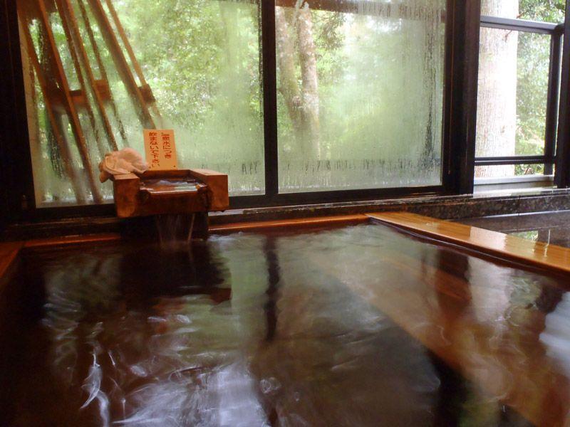 2つの温泉を堪能、うち一つは宿泊者限定!