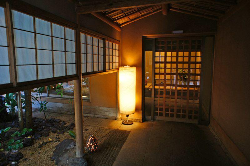 日帰りでも楽しめる!道後温泉人気旅館「大和屋本店」の食事と温泉
